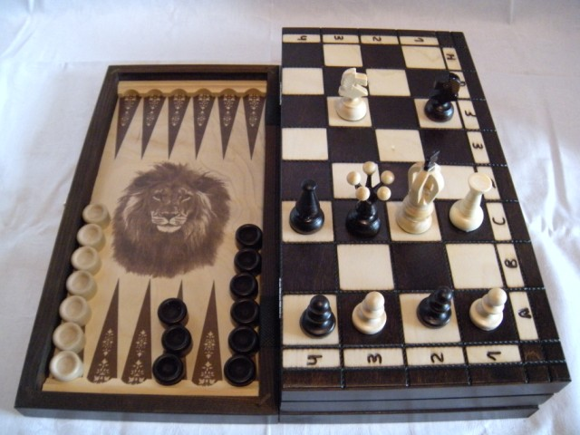 Шахматы, шашки, нарды Лев средний